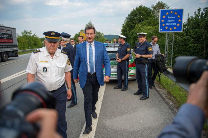 Söder beim Besuch der bayerischen Grenzpolizei im Juli