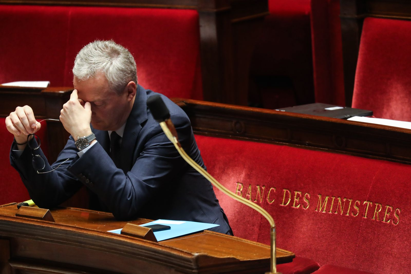 FRANCE-POLITICS-PARLIAMENT-GOVERNMENT-BUDGET