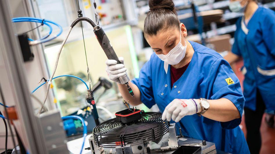 Ventilatoren-Herstellung bei EBM-Papst: Auch der Maschinenbau will die Leistungen verteuern