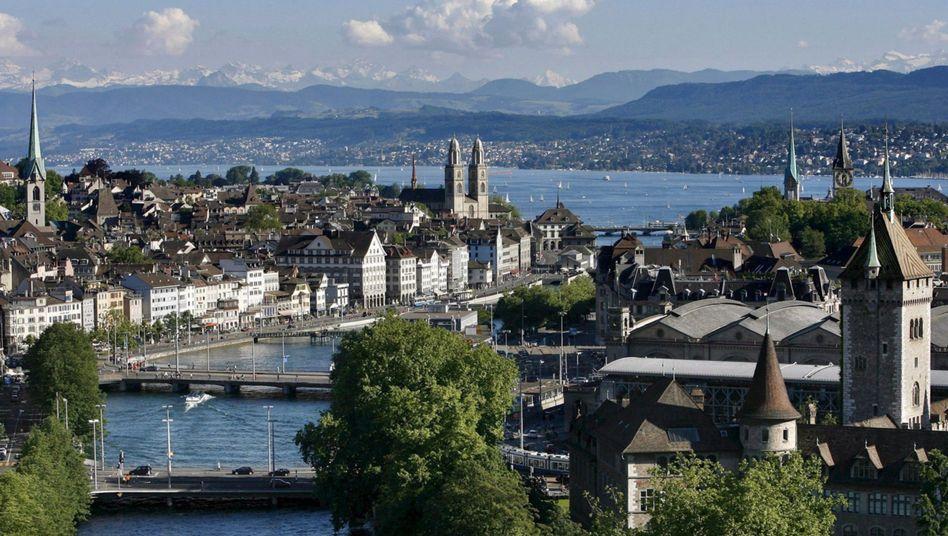 Schweizer Bankenzentrum Zürich: Kauf der Daten-CD versetzt Steuersünder in Angst