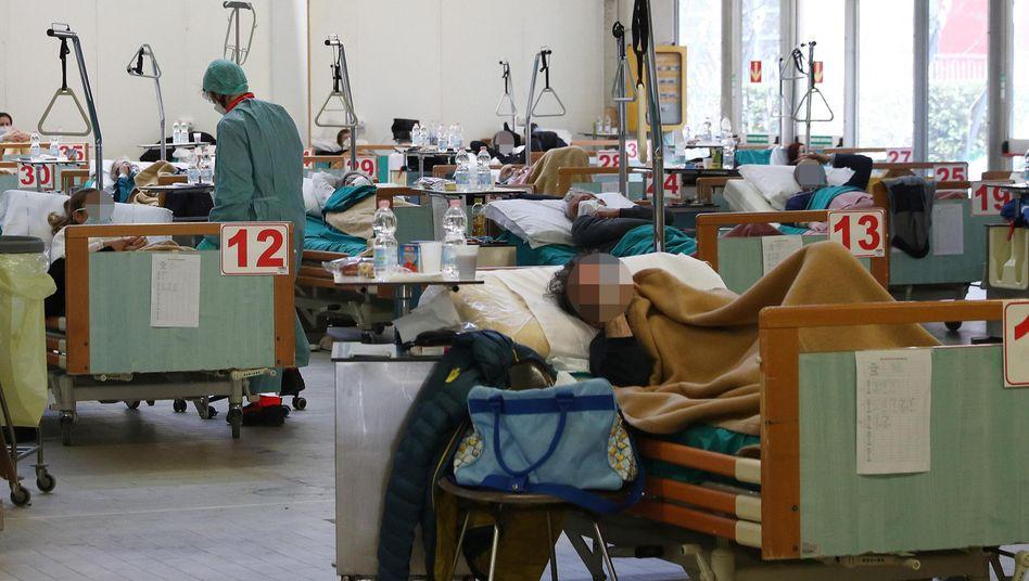 Corona-Station in einem Krankenhaus nahe Brescia zu Beginn der Pandemie im März 2020