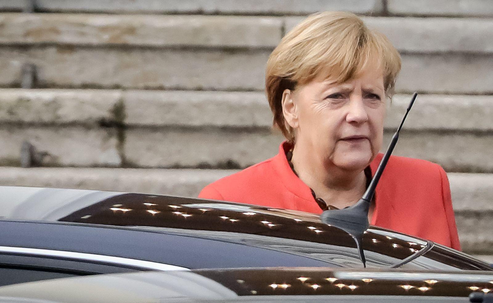 Sondierungsgespräche/ Merkel