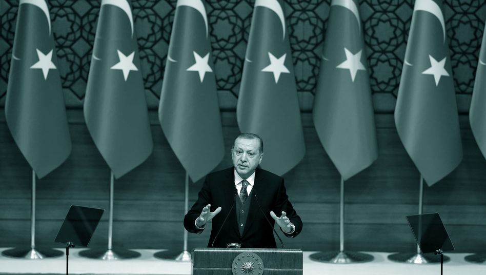 Recep Tayyip Erdoğan: Did the Turkish state-owned financial institution Halkbank help Iran circumvent sanctions?
