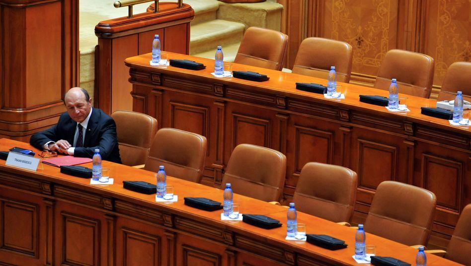 Rumäniens Präsident Basescu (am Donnerstag): Volksabstimmung über seine Zukunft