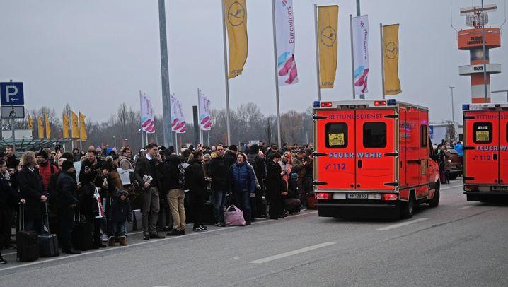 Hamburg: Großeinsatz am Flughafen