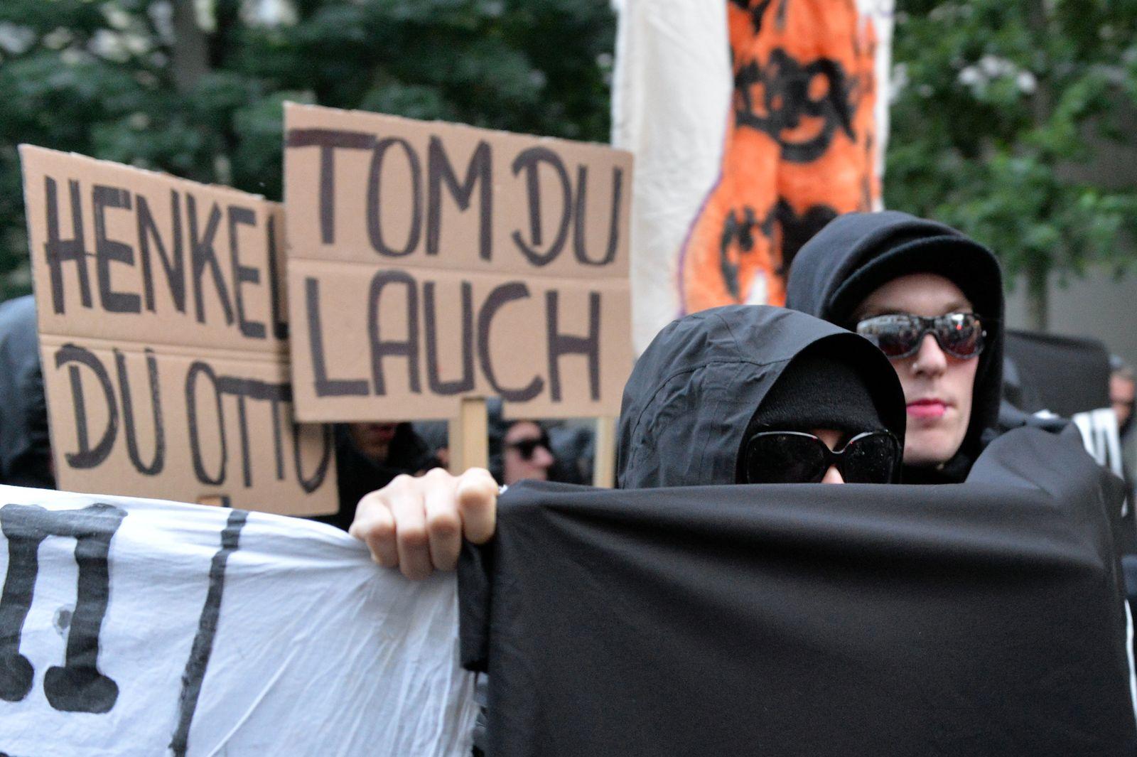 Krawalle / Linksautonomen-Demo