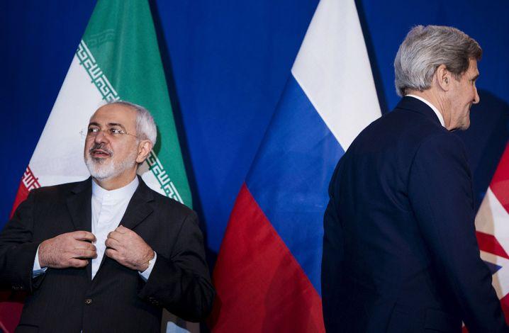 Außenminister Irans und der USA, Sarif und Kerry: Schwierige Verkaufe