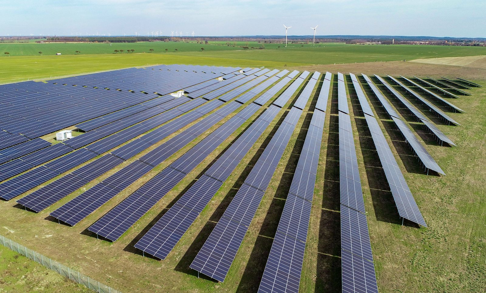 Mai-Sonne treibt Solarstromerzeugung kräftig an