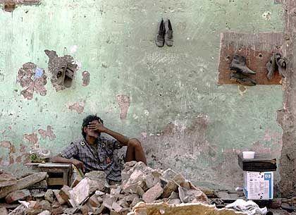 Indischer Slum (in Bombay): 90 Prozent der Spender leben unter der Armutsgrenze