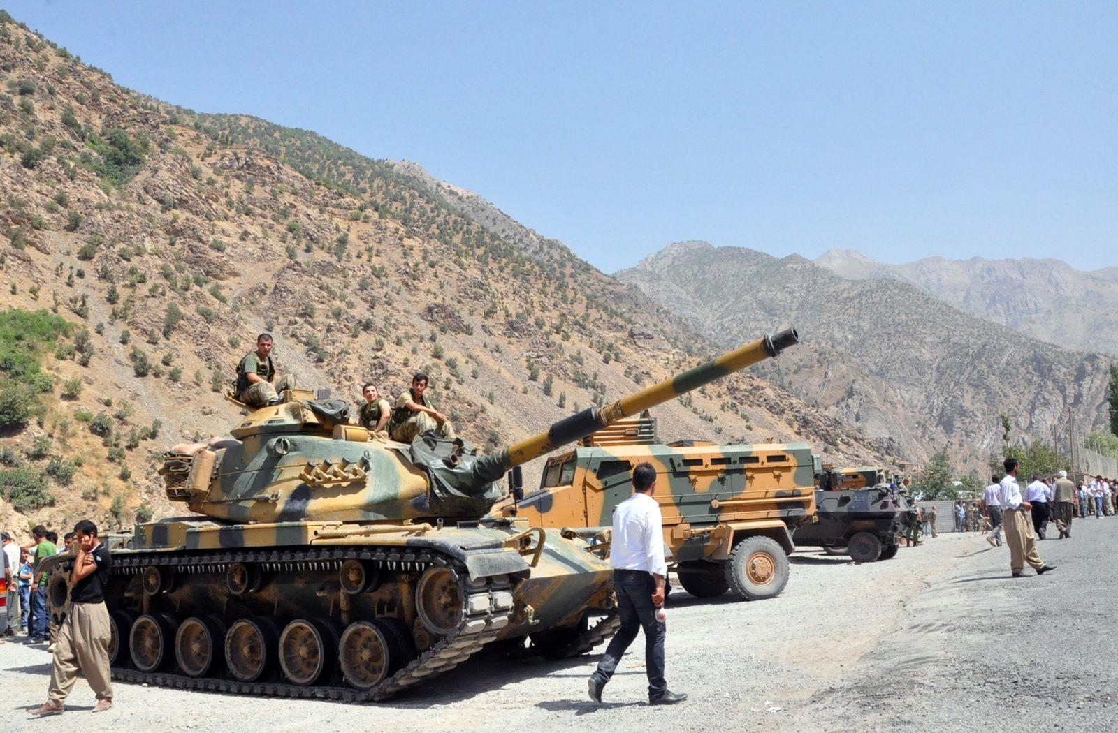 Türkei / Panzer / Kurden