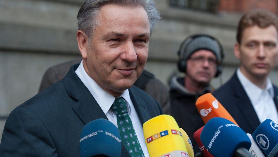 """Berlins Bürgermeister Wowereit: """"Mehdorn hat unser Vertrauen"""""""