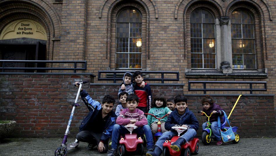 Syrische Flüchtlingskinder in Oberhausen: Asylverfahren sollen nicht länger dauern