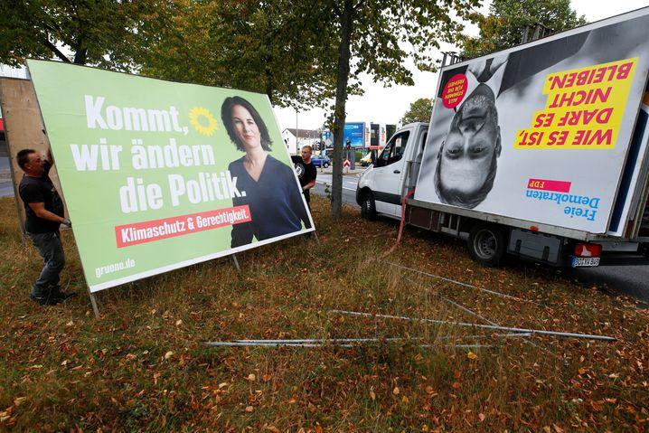 Zweckbündnis gelb-grün: Annalena Baerbock und Christian Lindner in Plakatformat