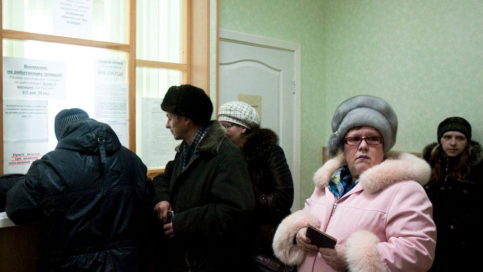 Jobcenter in Zlatoust im Ural: Realeinkommen um fast zehn Prozent gesunken