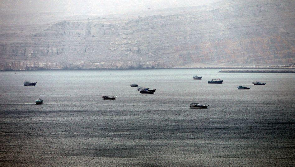 Straße von Hormus: Iran droht mit einer Blockade des wichtigen Seeweges