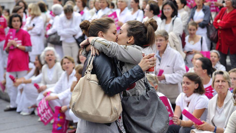 Französische Frauen bei Demonstration (Archivbild): Ja zur Homo-Ehe