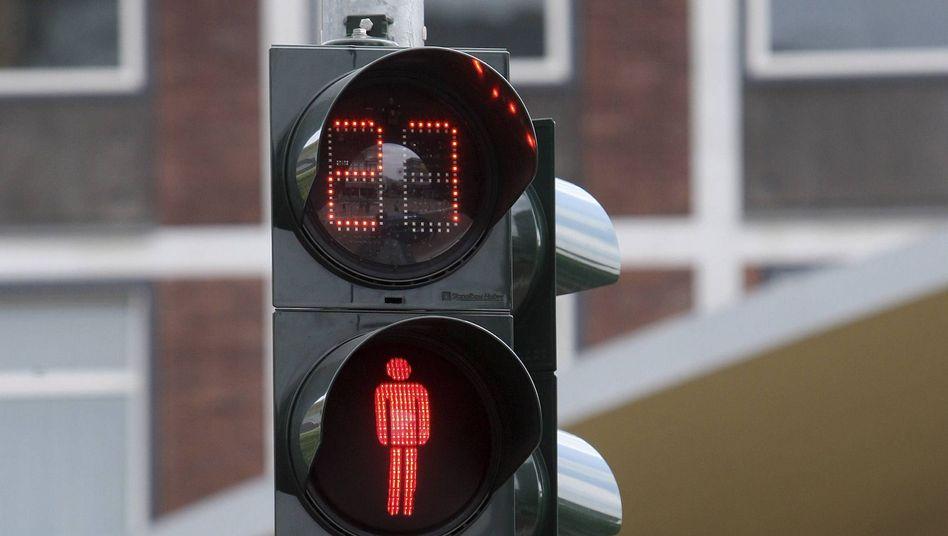 """Fußgängerampel mit Countdown: """"Gewinn für die Verkehrssicherheit"""""""