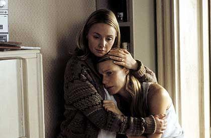 """Szene aus """"Proof"""" (mit Gwyneth Paltrow, Hope Davis): Heulen, Bibbern, Leiden"""