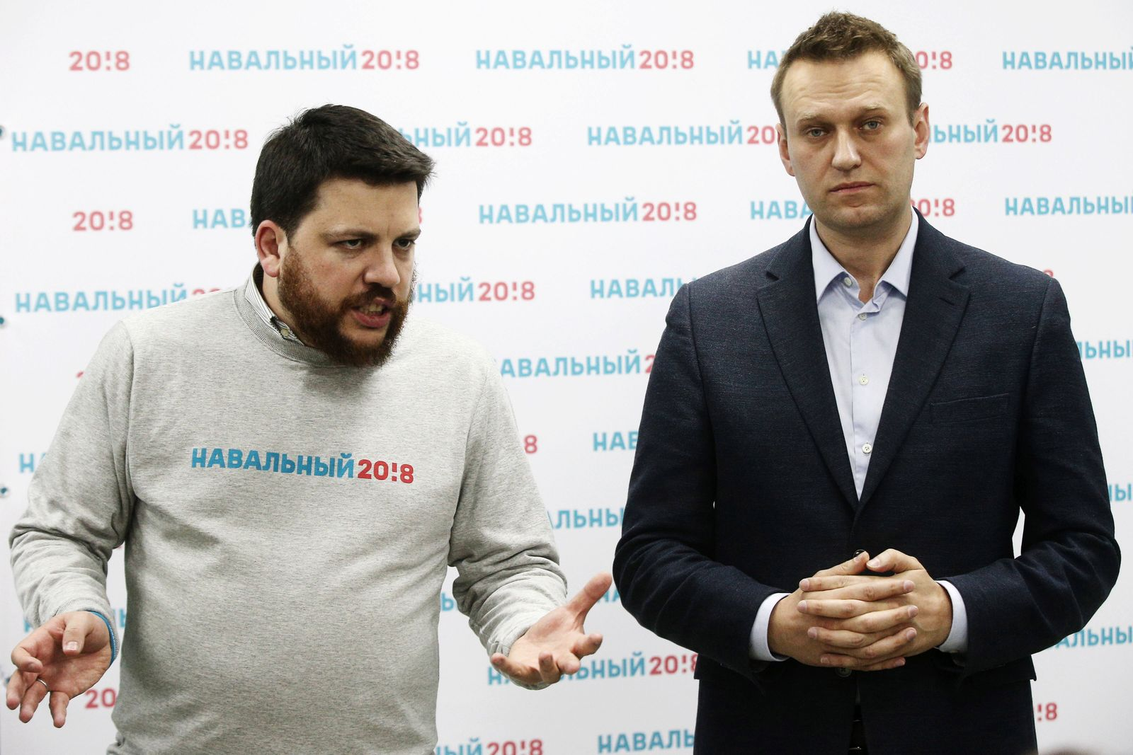 KAZAN RUSSIA MARCH 5 2017 Opposition activist and presidential hopeful Alexei Navalny R and t