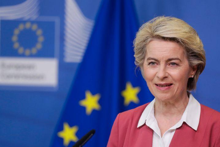 EU-Kommissionspräsidentin Ursula von der Leyen: »Wir haben bei Biontech 1,8 Milliarden Dosen bis zum Jahr 2023 bestellt«