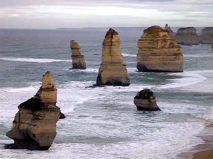 Zwölf Apostel vor dem Zusammenbruch: Neun Säulen bilden die Formation an der Great Ocean Road
