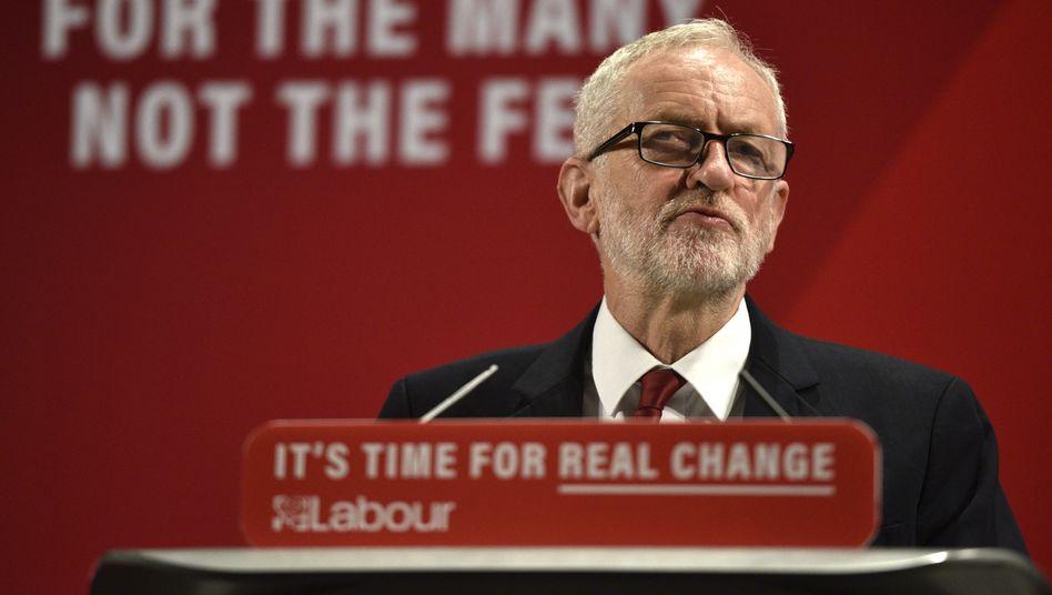 """Jeremy Corbyn: Antisemitismus """"in jeder Form"""" ist """"widerwärtig und falsch"""""""