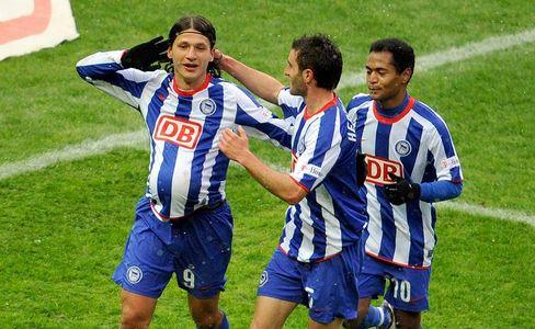 Herthas Pantelic (l.): Zwei Tore gegen Frankfurt