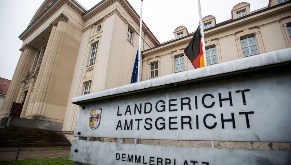 Landgericht Schwerin: Zwischen 3500 und 4900 Euro je Kilogramm Marihuana