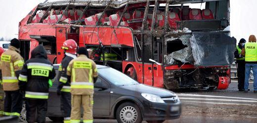 Polen: Tote und Verletzte bei Busunglück
