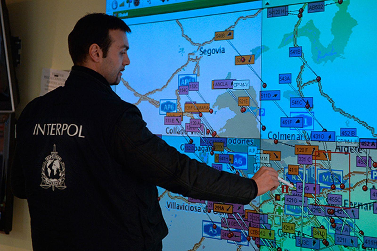 EU Interpol/ Schmuggel