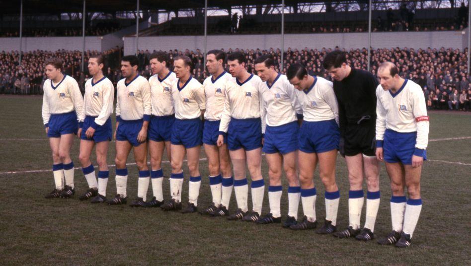 Die Tasmania-Mannschaft aus der Saison 1965/1966. Ganz rechts: Kapitän Hans-Günter Becker