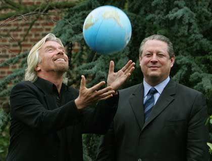 Strahlemann und Öko-Warner: Richard Branson (links) bietet Geld für clevere Klimaschutz-Idee, Ex-US-Vizepräsident Al Gore findet's gut