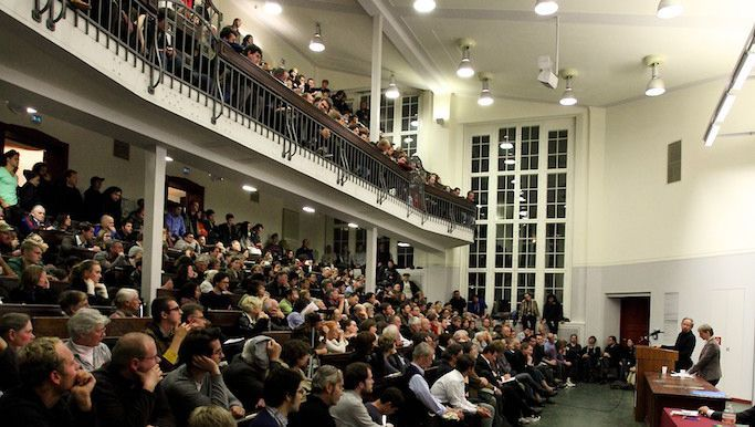 A Berlin lecture hall was packed last month for a talk by Russian Revolution expert Alexander Rabinowitch.