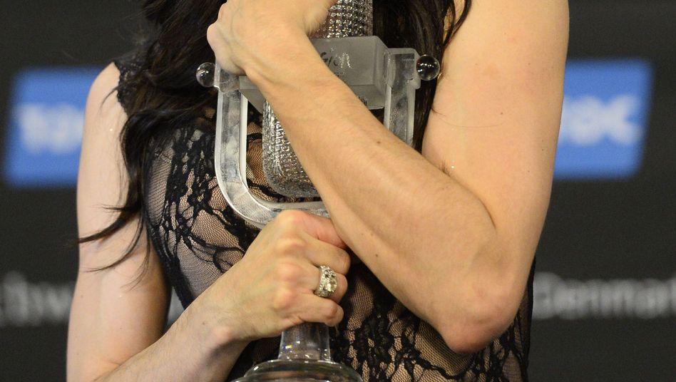 Dragqueen siegt beimEurovision Song Contest: Conchitas Liebesgrüße nach Moskau