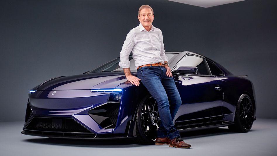 2,5 Sekunden von null auf 100 km/h, 300 km/h Höchstgeschwindigkeit und 820 Kilometer Reichweite: Roland Gumpert will der Methanol-Brennstoffzelle mit dem Sportwagen Nathalie zum Durchbruch verhelfen
