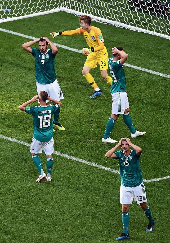 Deutsche Spieler während des WM-Spiels gegen Südkorea am 27. Juni.