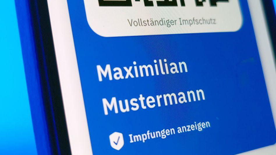 QR-Code von »Maximilian Mustermann«: Wer überprüft den Ausweis?