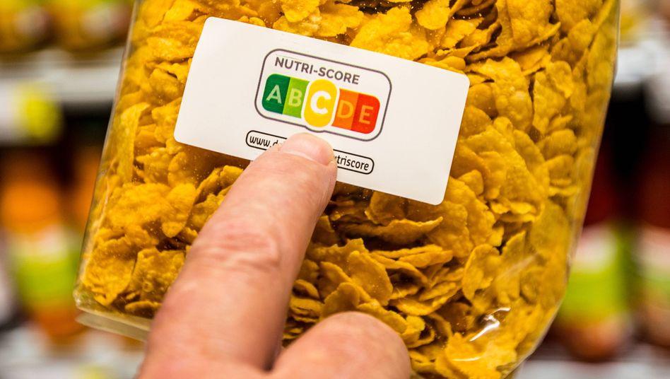 """Ist dieses Lebensmittel gut für mich? Der """"Nutri-Score"""" (hier auf Cornflakes in Belgien) verrät es."""