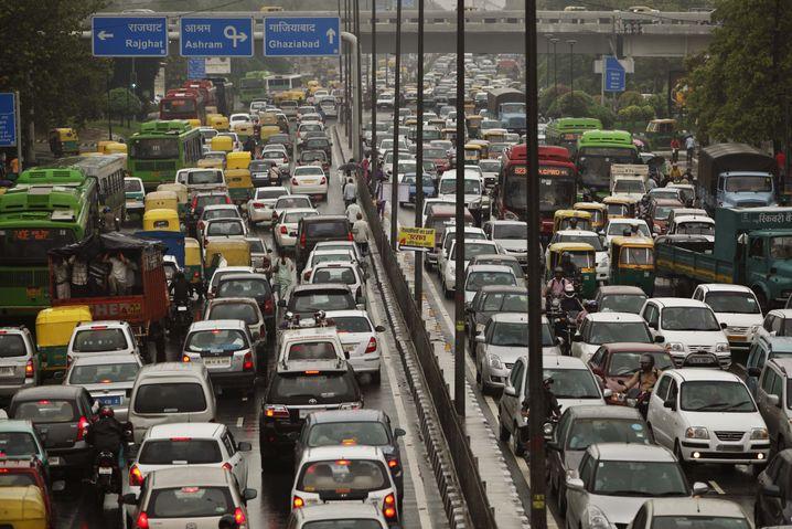 Straße in Indien: Zahl der Verkehrstoten seit 2007 stabil