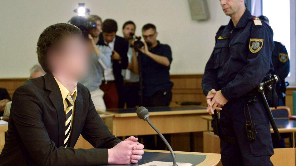 Josef S.: Kritisch beäugt zum Prozessbeginn im Sommer 2014