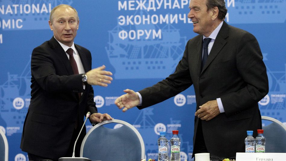 Putin und Schröder (2012): Russisch-deutsche Freundschaft