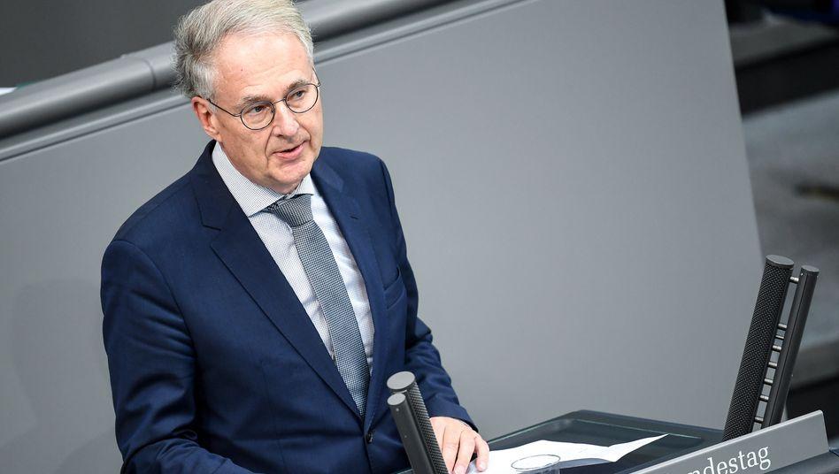 AfD-Bundestagsabgeordneter Roland Hartwig: Mit dem Virus infiziert