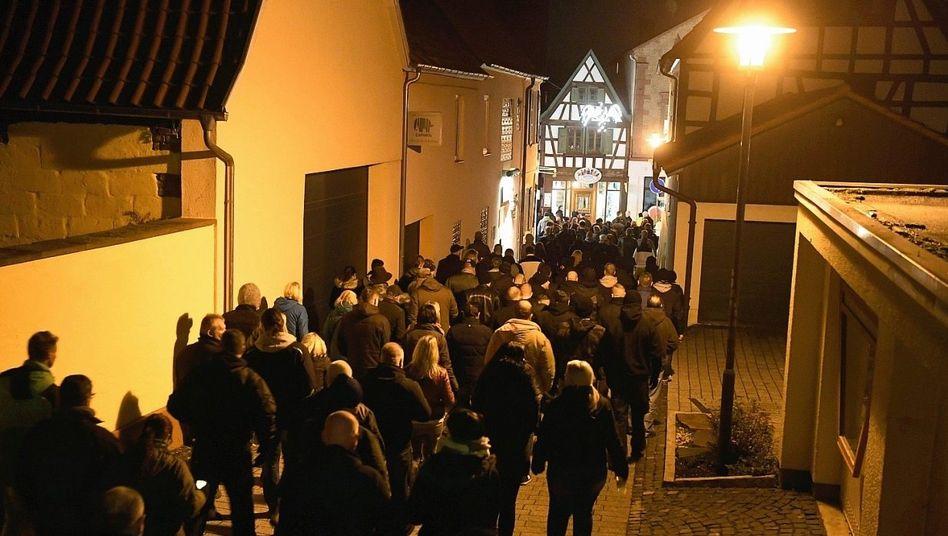 Trauermarsch in Kandel: Haben die Behörden Fehler gemacht?