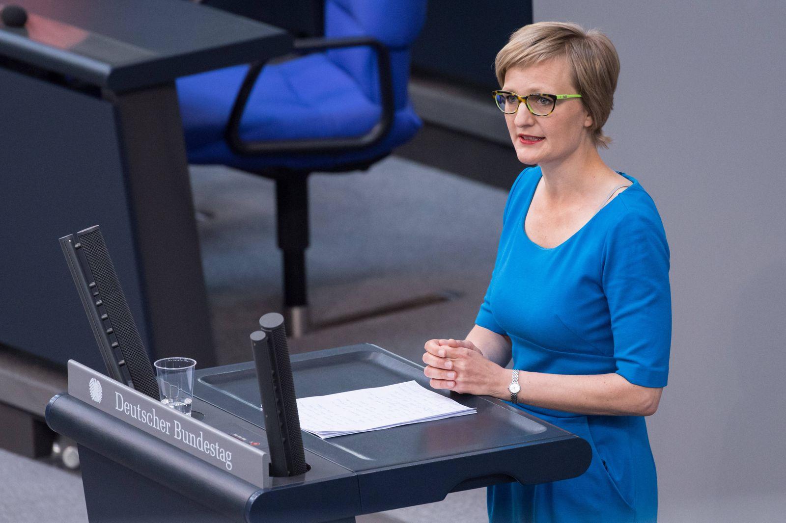 Berlin, Plenarsitzung im Bundestag Deutschland, Berlin - 07.05.2020: Im Bild ist Franziska Brantner (Bündnis 90/Die Grün