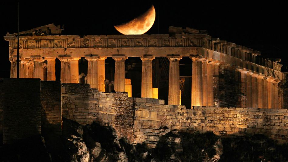 Greece will soon hold a referendum that could determine the fate of the European common currency.