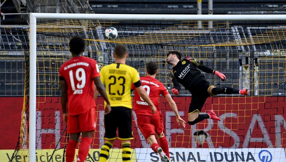 Kimmichs Lupfer, Bürkis Fehler: Das 1:0 des FC Bayern gegen Dortmund