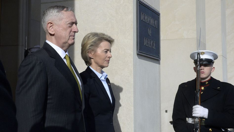 U.S. Secretary of Defense James Mattis and German Defense Minister Ursula von der Leyen at the Pentagon