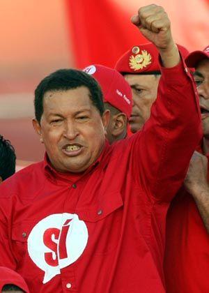 """Venezolanischer Präsident Chávez: """"100 Jahre Krieg"""""""