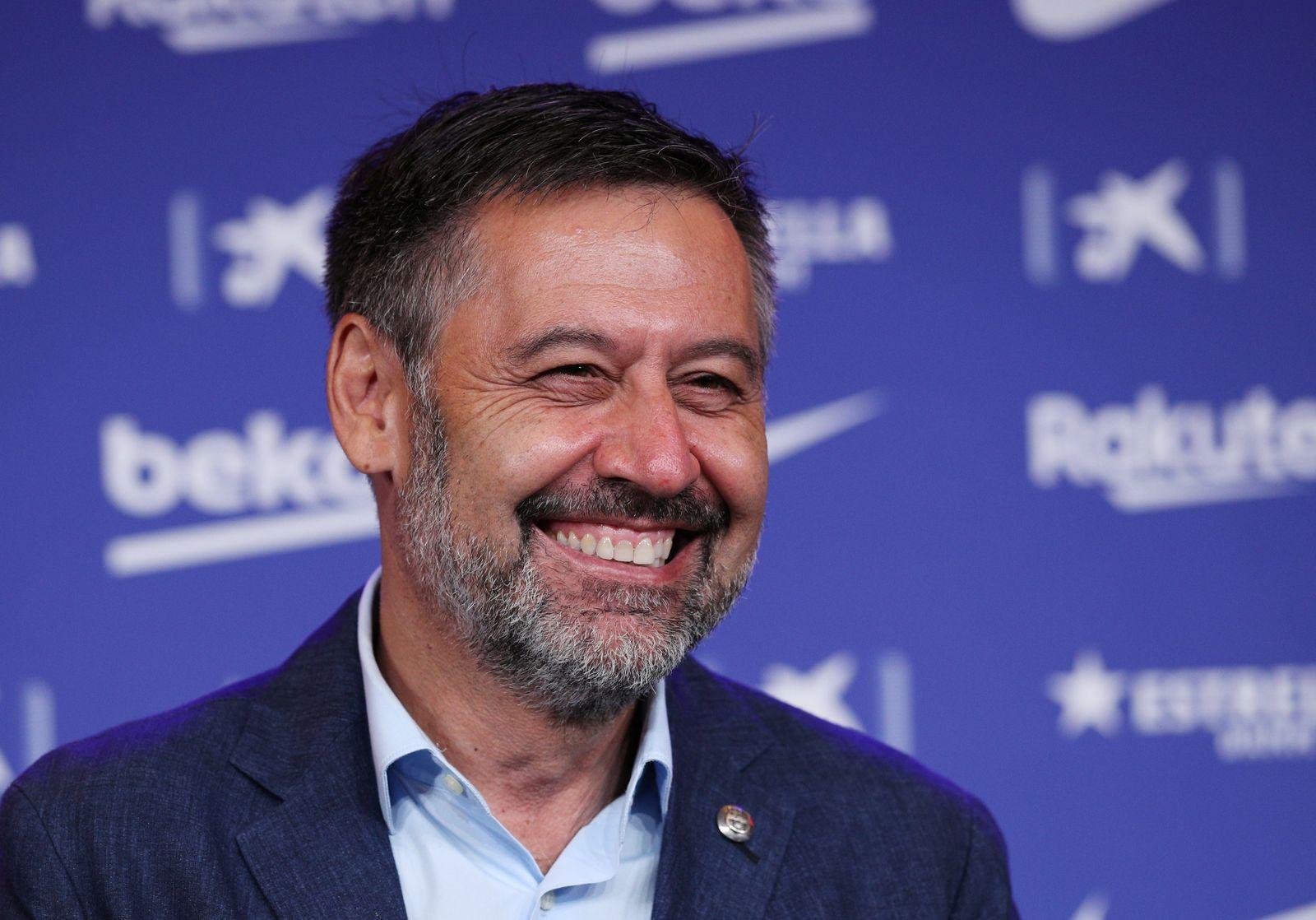 FC Barcelona unveil new signing Pedri