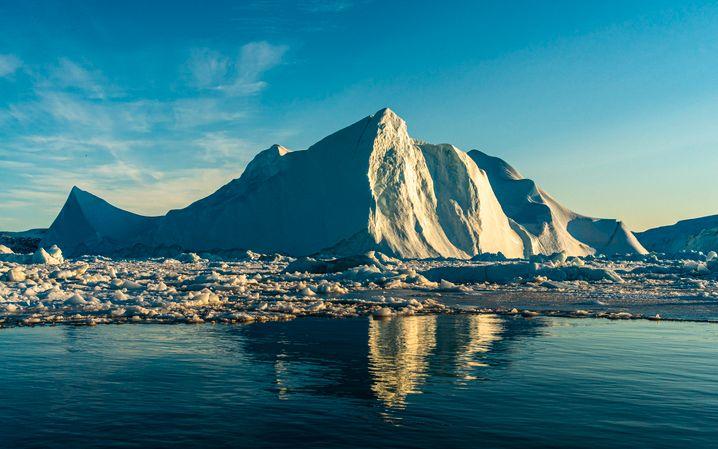 Eisberg vor Grönland: Höhere Temperaturen führen zu weniger Eis – und umgekehrt